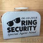 koffertje om ringen te brengen bruiloft