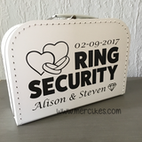 alternatief voor ringkussen, je kind bij de bruiloft betrekken, ring beveiliging koffer
