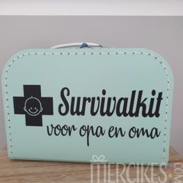 Koffer Survivalkit voor Opa en Oma