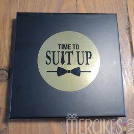 Doos huwelijk - Time to Suit Up!