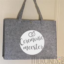 Vilten tas voor Ceremoniemeester