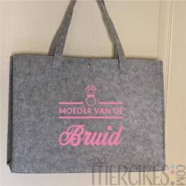 Vilten tas Moeder Bruid