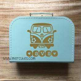 Geboortekoffertje met naam - Retro VW bus