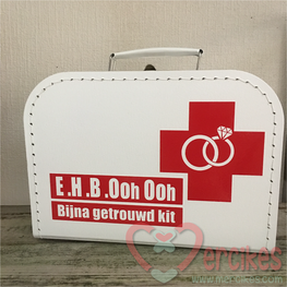 Herinneringskoffer voor Bruidspaar EHBO kit