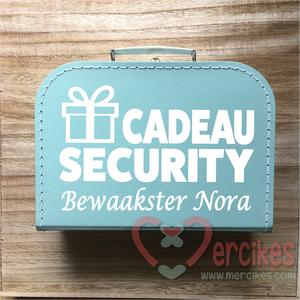 koffertje voor enveloppen bruiloft, bewaking huwelijkscadeau, cadeau security met namen