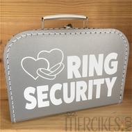 orginele manier ringen brengen met dit ring security koffertje